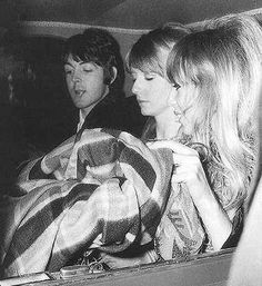 pattie boyd and jane asher | Paul McCartney, Jane Asher & Pattie Boyd - the-beatles Photo