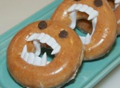 This guide is about making monster doughnuts. Simple decorations can make food really scary for Halloween holiday fun.