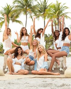 Josephine, Sara, Stella, Romee, Taylor, Elsa, Jasmine & Lais for Victoria's Secret. (May 2017)