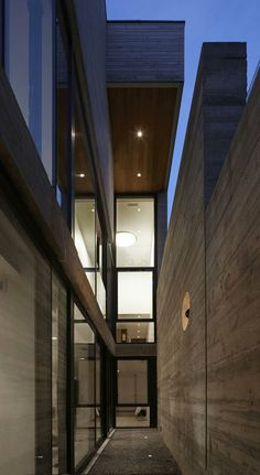 Moore Park Residence by Drew Mandel Architects | http://www.caandesign.com/moore-park-residence-drew-mandel-architects/