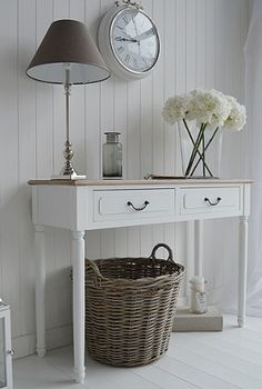 Provence hall furniture, a console table with drawers