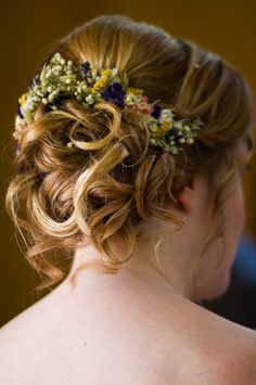 Dried flowers bridal hair for Vic and Farid's pretty country fete wedding with floral bunting, an Etsy dress and a dried flower meadow bouquet Dried Flower Bouquet, Dried Flowers, Bridal Hair Flowers, Brides And Bridesmaids, Bride Hairstyles, Wedding Sets, Bunting, Her Hair, Pretty