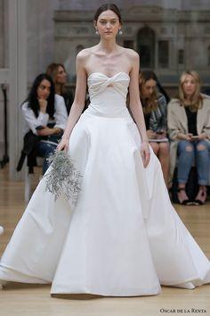 strapless sweetheart neckline simple clean elegant romantic ball gown a  line wedding dress chapel train (22) mv -- Oscar de la Renta Spring 2018 Wedding Dresses