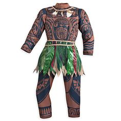 In the new Disney film Moana, her trusted sidekick throughout the film is Maui, a demigod. Here is how to put together your own DIY Maui costume. Moana Halloween Costume, Toddler Halloween Costumes, Disney Halloween, Family Halloween, Halloween Party, Halloween Tricks, Logan Halloween, Happy Halloween, Kids Costumes Boys
