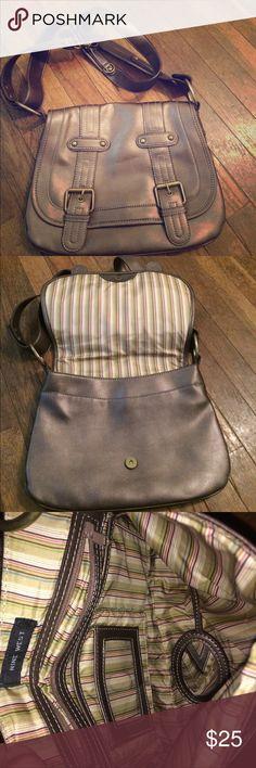 💃🏻Sale💃🏻Nine West large bag Never used pet friendly 🐶🐶🐶🐶 Nine West Bags Shoulder Bags