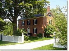 Historic Property: Federal-style brick Colonial with guest cottage Colonial Exterior, Colonial Style Homes, Dream Home Design, House Design, Historic Properties, Cute House, Cottage Homes, House Front, Curb Appeal