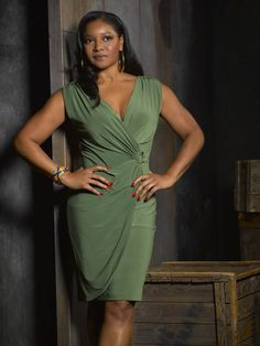 lovely Tamala Jones who plays Medical Examiner Lanie Parish. Castle Abc, Castle Tv Series, Castle Tv Shows, Tamala Jones, Watch Castle, Character Bio, Vintage Black Glamour, African American Women, Hollywood Glamour