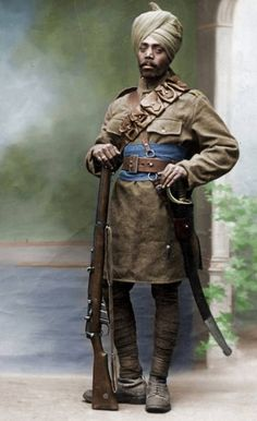 Portrait of an Indian soldier, WWi Commonwealth, World War One, First World, Old World, Military Art, Military History, Indiana, Ww1 Soldiers, Man Of War
