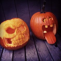 The Cool Kid's Guide To Pumpkin-Carving These aren't your mom's pumpkin-carving designs. (Actually, we don't know, your mom could be really cool. Halloween Pumpkin Designs, Scary Halloween Pumpkins, Halloween Stuff, Pumpkin Carving Contest, Amazing Pumpkin Carving, Pumkin Decoration, Creative Pumpkins, Carving Designs, Pumpkin Faces
