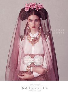Des femmes venues d'ailleurs by Anoush Abrar Pour Satellite Fashion Shoot, Editorial Fashion, Fashion Beauty, High Fashion, Bijoux Satellite, Full Figured Women, Petite Women, Wedding Veils, Kawaii Girl