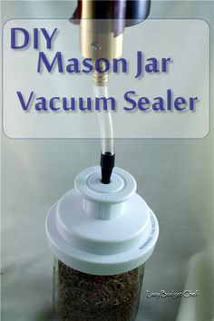 Excellent Snap Shots DIY Mason Jar Vacuum Sealer Style Essentially the most vital difficulties in the kitchen is definitely food storage space methods. Vacuum Seal Jars, Food Saver Vacuum Sealer, Long Term Food Storage, Home Canning, Canning Recipes, Jar Recipes, Cooker Recipes, Mason Jar Diy, Manualidades
