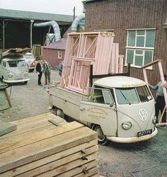 2 Hard working VW T1 single cabs…