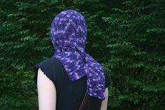 Seamless Hooded Scarf Pattern - Andraya's Crochet.   http://andrayascrochet.blogspot.com/2009/06/seamless-hooded-scarf-pattern.html