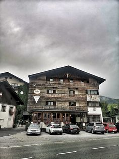 Mountainbiken in Tirol: Zugspitz Arena - The Chill Report Bike Hotel, Austria, Cabin, Adventure, Mountains, Mansions, House Styles, Outdoor, Driving Route Planner