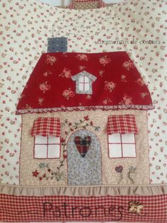 This bag is so sweet, love the fabrics. Applique Patterns, Applique Quilts, Quilt Patterns, House Quilt Block, Quilt Blocks, Fabric Art, Fabric Crafts, Quilting Projects, Sewing Projects