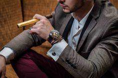 Elegance is an attitude Poker, Attitude, Mens Fashion, Suits, Watches, Lifestyle, Elegant, Luxury, Moda Masculina