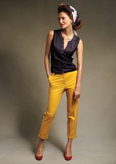 Gorgeous casual style with a look of quality—black petal blouse with canary yellow pants❣ Talbots