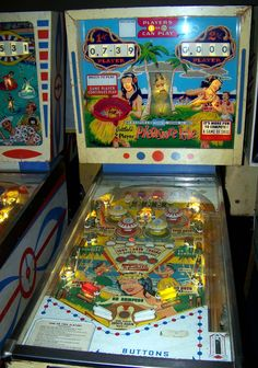 1965 Pleasure Isle Pinball Machine made by Gottlieb Flipper Pinball, Pinball Games, Pinball Wizard, Arcade Games, Video Game Machines, Penny Arcade, Retro Images, Vintage Games, Old Toys