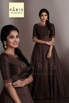 30 Chic Summer Outfit Ideas - Street Style Look. Gown Pattern, Dress Patterns, Kurti Designs Party Wear, Salwar Designs, Anarkali Dress, Lehenga Skirt, Indian Gowns, Indian Designer Wear, Look Cool