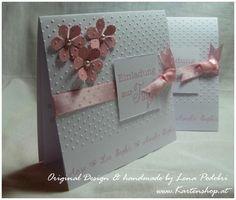 Quadratische Doppelkarte 13,5 x 13,5 cm mit weißem Einlegeblatt und farblich passendem Umschlag.    Sollten Sie die Karte versenden, denken Sie bit...