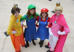 A Rule 63 Mario cosplay! Maria, Louise, Prince Peach and Prince Daisy. (Click for more, these are seriously adorable and funny.)