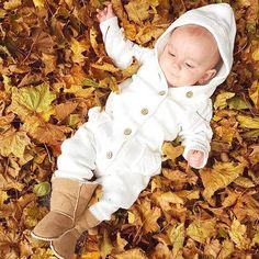 Baby autumn photo shoot
