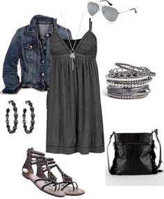 This spring/summer outfit makes gray the new black :)