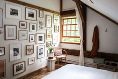The Hunter Houses: An Epic Gallery Wall Reveal & Our Best Guest Room Advice - Front + Main Cute Apartment, Apartment Bedroom Decor, Room Decor Bedroom, Home Bedroom, Bedroom Signs, Bed Room, Bedroom Furniture, Bedroom Ideas, Guest Bedrooms