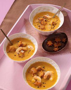 Cremige Suppe aus Süßkartoffeln mit feiner Zitrusnote