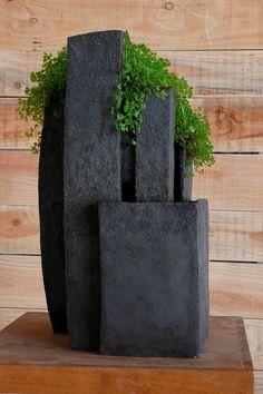 37 ideas for diy garden sculpture ideas shape Concrete Sculpture, Concrete Art, Concrete Planters, Ceramic Planters, Garden Planters, Garden Sculpture, Planter Pots, Ikebana, Ceramic Pottery