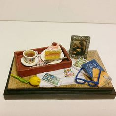 Toys & Hobbies Capable Kids 3.3cm Food Cheese Cake On Porcelain Plate Dollhouse Miniatures Table Decor Classic Pretend Play Kitchen Toys Gifts Presents New Varieties Are Introduced One After Another