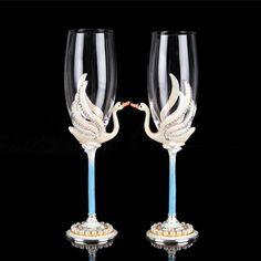 Regalo de Boda Creativo de Esmalte de Alta Calidad Y El Envío Libre Cisne Copas de Champán Copa Wine Glass Copa de vino Rojo Un Par