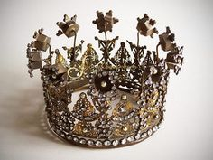 Large Flowered Santos Crown • SantosCagedoll.com