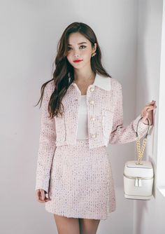Shop feminine, adorable & ladylike Korean clothing at CHLO. Find out items ranging from dresses, tops to bottoms that will let out an instant charm. Cute Skirt Outfits, Preppy Outfits, Girly Outfits, Korean Outfits, Classy Outfits, Stylish Outfits, Ulzzang Fashion, Kpop Fashion, Girl Fashion