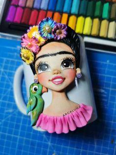 Polymer Clay Mermaid, Cute Polymer Clay, Polymer Clay Charms, Polymer Clay Creations, Diy Clay, Clay Crafts, Art Doll Tutorial, Mermaid Mugs, Clay Mugs