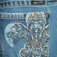 Miss me destroyed 31X32 Great used condition bottoms have a little fray see pic 3 these are very stretchy Miss Me Jeans