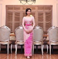 Pink Indonesia kebaya by Vera
