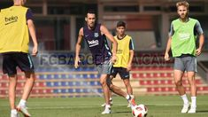 Sergio Busquets #FCBarcelona #Busquets #BusquetsFCB #FansFCB #5 Barcelona Website, Fc Barcelona, Soccer, Football, Running, Sports, T Shirt, Hs Sports, Futbol