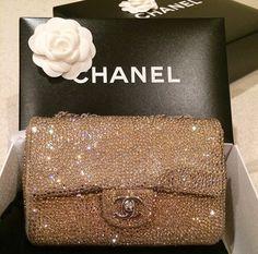 Chanel handbags – High Fashion For Women Luxury Bags, Luxury Handbags, Luxury Purses, Chanel Handbags, Purses And Handbags, Cheap Handbags, Chanel Bags, Coco Chanel, Coach Handbags