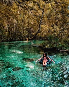Things To Do Near Orlando Include Clear Emerald Spring Run Only A Short Road Trip Away - Narcity Florida Vacation, Florida Travel, Florida Trips, Florida Camping, Visit Florida, Oh The Places You'll Go, Places To Travel, Places To Visit, Apopka Florida