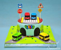New birthday cake fondant car Ideas Birthday Surprise For Husband, Birthday Cake Kids Boys, New Birthday Cake, Mum Birthday Gift, Birthday Presents For Mom, Birthday Cakes For Women, Birthday Crafts, 2nd Birthday Parties, Bus Cake
