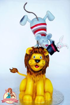 Lion, Balancing Mouse & a Rabbit in a Hat, Cake Art. Gravity Defying Cake, Gravity Cake, Rabbit In A Hat, Lion Cakes, Cat Cakes, Circus Cakes, Creative Food Art, Jungle Cake, Fondant Cake Toppers