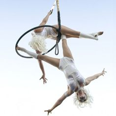 This aerial duo are known for their unique and creative aerial apparatuses, style and stunning costumes. Having performed with such high profiled clients as Moscow State Circus, Van Halen, Caesars Palace, Harrahs, Cirque de Soleil, Universal and Planet Hollywood !