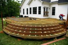 The cost to build a deck is very important when building a deck. Learn about deck cost, the price of deck options and materials. Deck cost per square foot. Deck Building Plans, Deck Plans, Small Enclosed Porch, Wood Deck Designs, Deck Steps, Floating Deck, Deck Builders, Deck Railings, Railing Ideas
