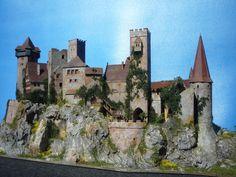 """DIORAMA Castle/ Burg/Schloss"""" ELBENWALD """" patiniert/Beleuchtung/Kutsche   eBay"""