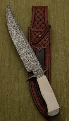 Custom made knife - stunning.
