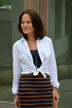 White shirt + striped pencilskirt | Lady of Style