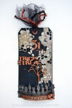 Jan Hobbins for Sizzix: Trick or Treat Tag using the cobblestone Sizzlit die  http://sizzixblog.blogspot.com/2012/10/die-cutting-paper-trick-or-treat-tag.html