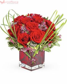 You love GiftBlooms sweet thoughts bouquet, and you'd like to make a big impression. valentinstag Giftblooms Sweet Thoughts Bouquet with Red Roses Christmas Plants, Christmas Flowers, Flower Delivery, City Flowers, Send Flowers, Flowers For Valentines Day, Buy Flowers Online, Anniversary Flowers, Center Pieces