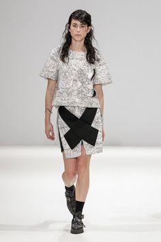 London Fashion Week Day 5 Diroralop Spring/Summer 2015  Ready to wear  16 September 2014